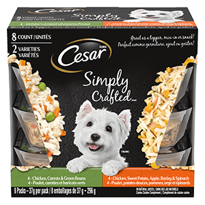 Nourriture humide pour chiens adultes CESAR SIMPLY CRAFTED poulet, carottes et haricots verts / poulet, patates douces, pommes, orge et épinards 296 g(8 emballages)