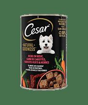 CESAR® Boites NATURAL GOODNESS™ riche en Bœuf, garni de carottes, haricots verts & herbes