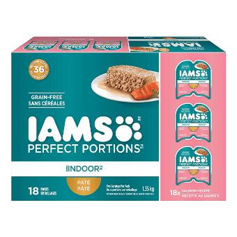Nourriture humide pour chats adultes d'intérieur Pâté recette au saumon en multi-emballage de 18 unités